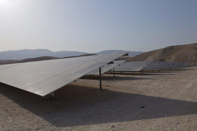 Palestínčania spustili prvú solárnu elektráreň, nechcú byť závislí na dodávkach energie z Izraela