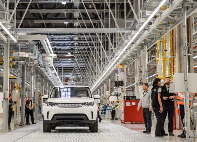 Jaguar Land Rover v Nitre chce zlepšovať nielen výrobné procesy, otvoril inovačné centrum