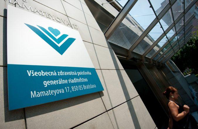 Všeobecná zdravotná poisťovňa účelovo zavádzala, tvrdí asociácia nemocníc