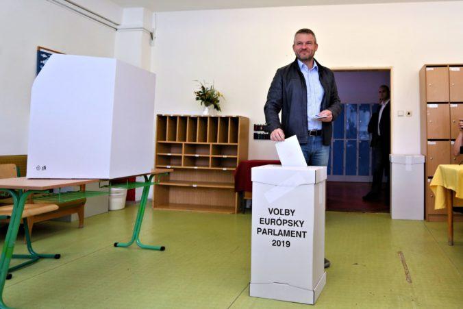 Pellegrini dúfa, že najnižšia účasť v eurovoľbách nebude na Slovensku a spomenul aj cestu do Ruska