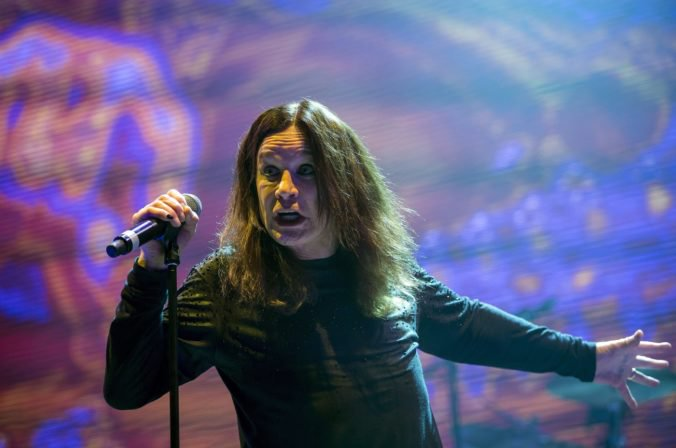 Ozzy Osbourne dúfa, že si kapela Black Sabbathešte zahrá aj s bubeníkomBillom Wardom