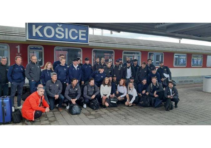 Macejkovia spoľahlivo vozili hokejových fanúšikov