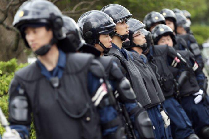 Polícia zadržala rekordné množstvo amfetamínov a zatkla skupinu podozrivých Číňanov