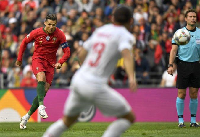 Video: Portugalsko prešlo cez Švajčiarsko do finále Ligy národov, hetrikom rozhodol Ronaldo