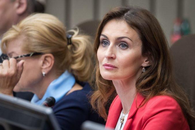 Ministerka Kalavská nezvažuje personálnu výmenu vo VšZP pre problém s firmou Medirex