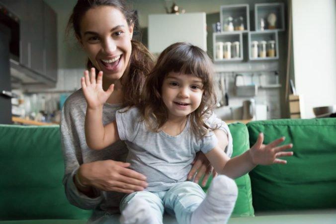 Skorší odchod do penzie pre matky je drahé opatrenie, podľa analytika by pomohli iné nástroje