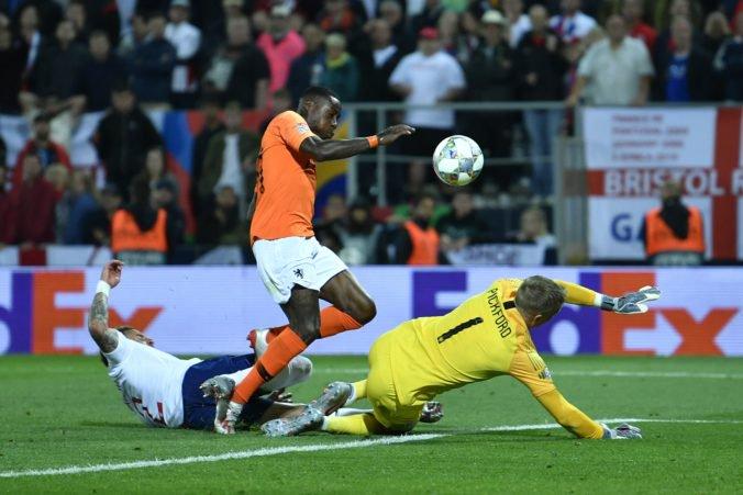 Video: Holandsko si zahrá finále Ligy národov, systém VAR odhalil ofsajd pri góle Anglicka