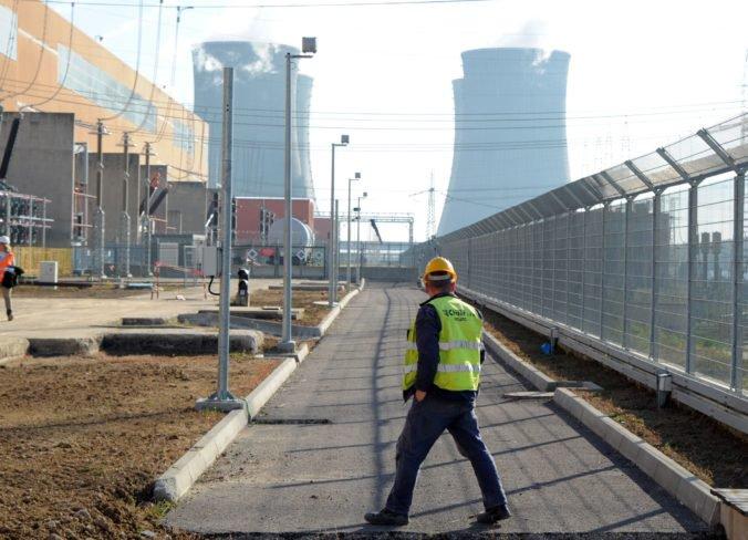 """Fotografie od Rakúšanov sú zavádzajúce, ale stavbu """"atómky"""" v Mochovciach kritizuje aj jadrový dozor"""