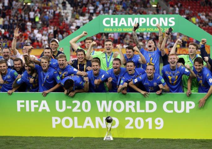 Ukrajina sa teší z historického úspechu, futbalisti triumfovali na MS vo futbale do 20 rokov