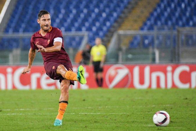 Ikona AS Rím Francesco Totti odchádza z postu technického riaditeľa a končí v klube