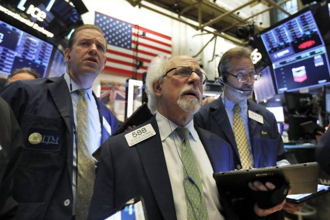 Najväčšie banky v USA by odolali kríze, Fed vykonal stresové testovanie