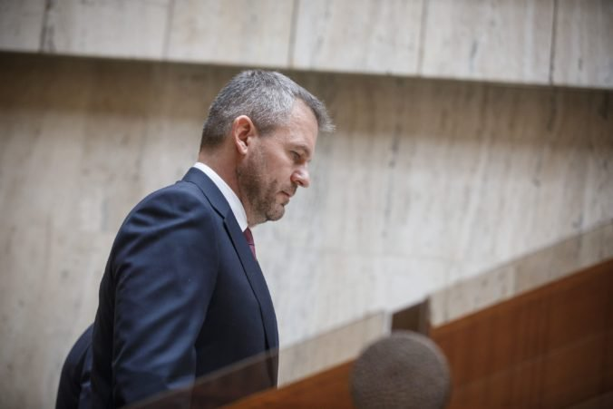 Pellegrini dúfal v úspešný koniec voľby kandidátov na sudcov, Slovensko má totiž dôležitejšie problémy