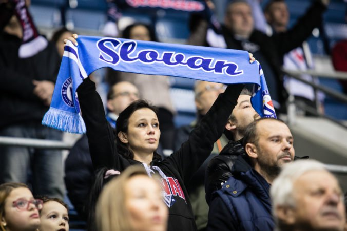 Slovan splatil dlh mestu, Tipsport ligu chce hrať na Zimnom štadióne Ondreja Nepelu