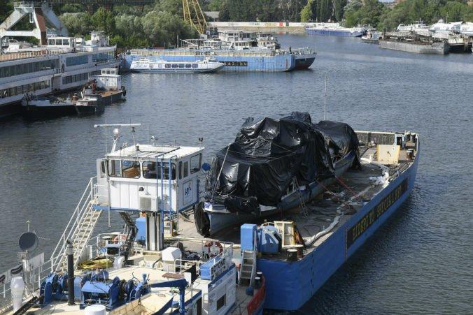 Počet obetí potopenej lode Hableány na Dunaji stúpol, našli telo ďalšej turistky