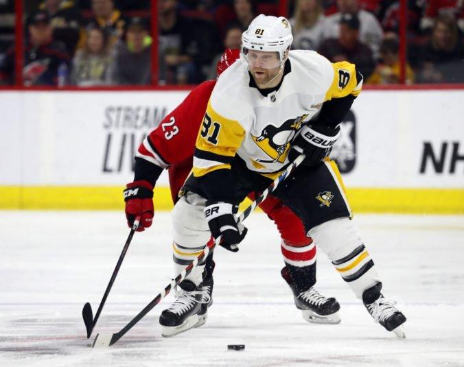 """Phil Kessel opúšťa Pittsburgh, """"tučniaci"""" sa dohodli s Arizonou na jeho výmene"""