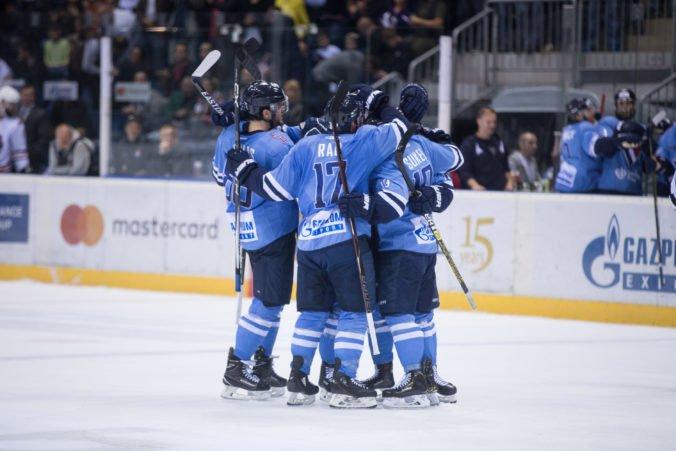 HC Slovan Bratislava dlží hráčom milióny eur, čas na splnenie podmienok pre Tipsport ligu sa kráti