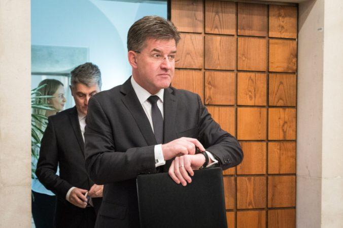 Minister Lajčák je nešťastný, jednotná línia zahraničnej politiky Slovenska sa nie vždy dodržuje