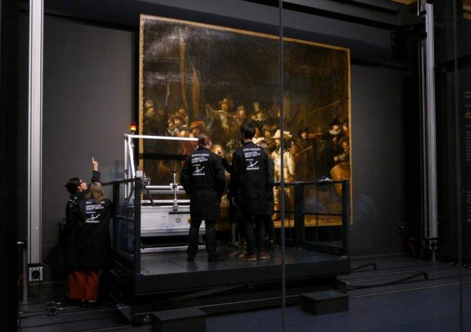 Slávny Rembrandtov obraz zreštaurujú, návštevníci múzea v Amsterdame môžu proces sledovať cez sklo