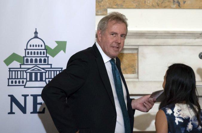 Britský veľvyslanec v USA odstúpil z funkcie, v e-mailoch kritizoval Trumpovu administratívu