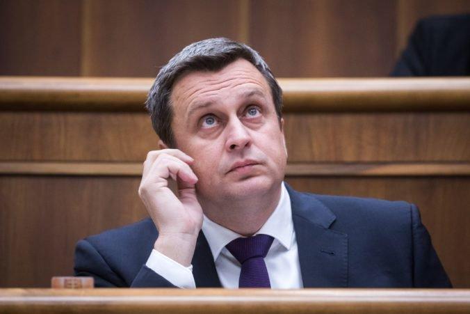 Politická súťaž pred voľbami bude rovnocenná, Dankova SNS víta odobrenie zákona Čaputovou