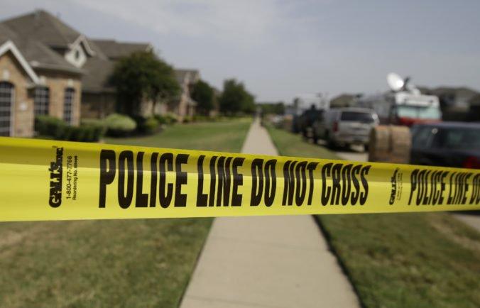 Žena žila tri roky s mŕtvolou svojej matky, kostru našli ležať na podlahe v spálni