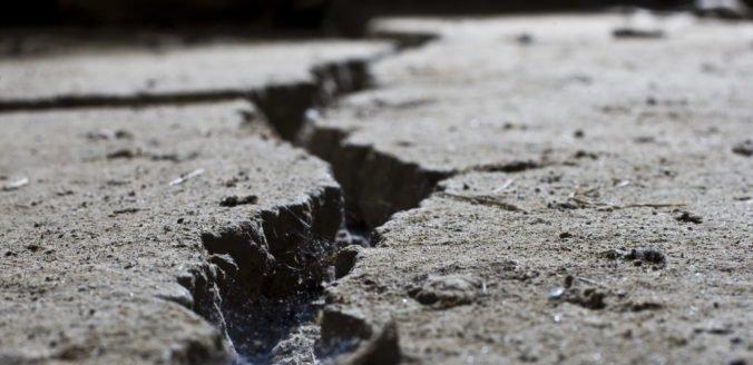 Zemetrasenie na juhu Filipín poškodilo domy, v kostole sa zrútil strop
