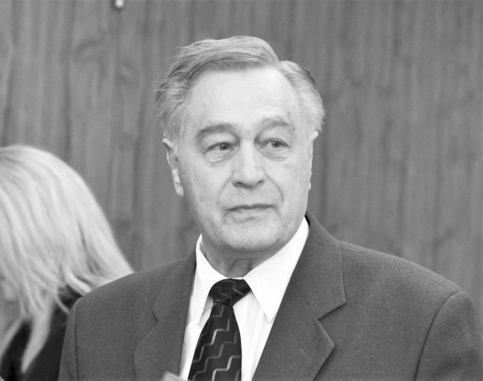 Zomrel Anton Janitor, patril k popredných slovenským vedcom