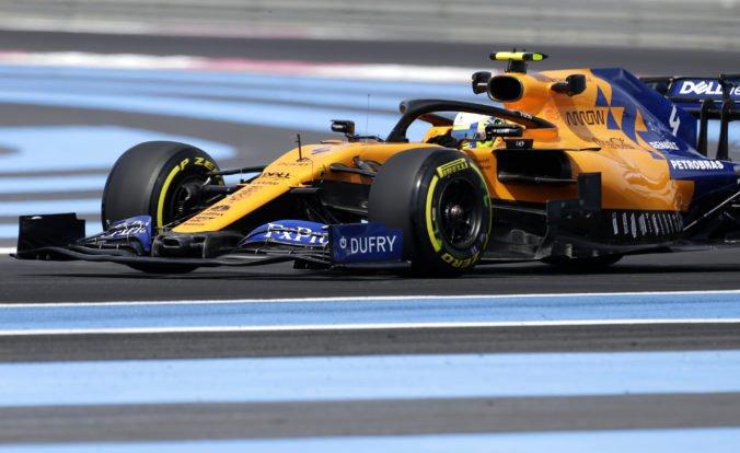 """McLaren sa stal lídrom """"stredu poľa"""", v strede sezóny F1 má skoro toľko bodov ako za celú minulú"""