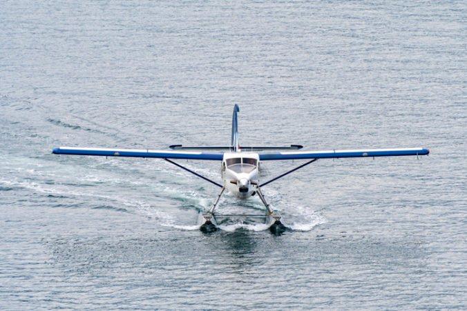 V Kanade neďaleko pobrežia havaroval hydroplán, zahynuli najmenej traja ľudia