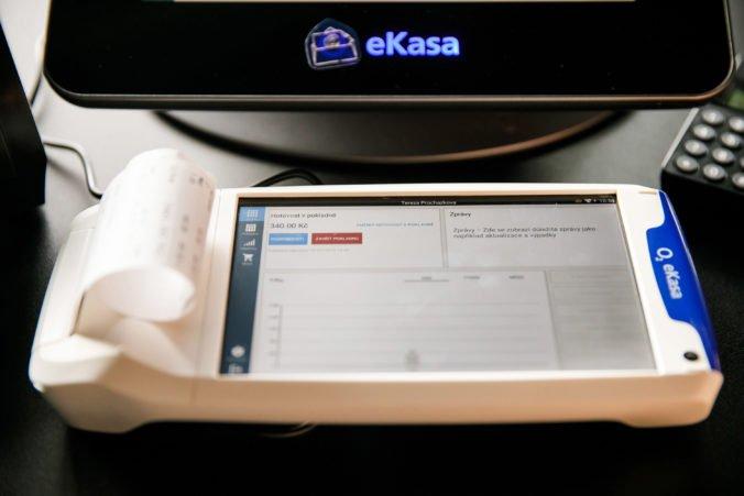 Aktualizované: Finančná správa kontroluje zavádzanie systému eKasa, objavila aj blok na miliardu eur
