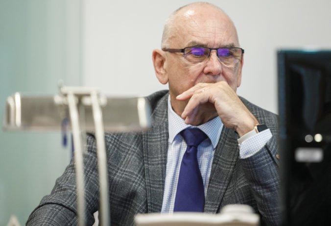 Parlament by si podľa šéfa NKÚ Mitríka mal zachovať kompetenciu najvyššej kontrolnej inštitúcie