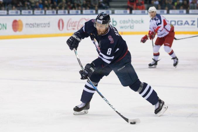 Hokejový Slovan Bratislava začína s prípravou, na súpiske má 21 hráčov vrátane Meszároša alebo Sersena