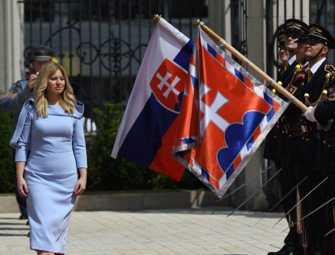 Zuzana Čaputová sa stretne s francúzskym prezidentom Macronom, preberú Úniu aj Visegrád