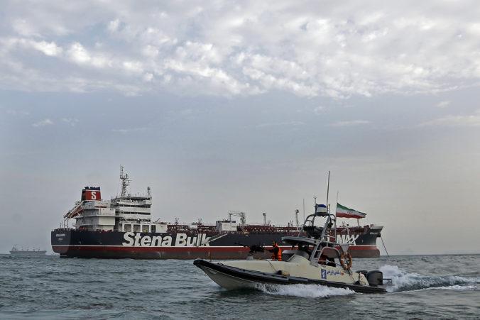 Rúhání naznačil ochotu prepustiť zadržaný britský tanker, ak Londýn pristúpi k rovnakému kroku