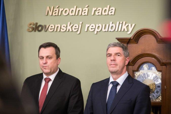 Padni komu padni, reaguje Bugár na zverejnenú komunikáciu Mariana K. a vyjadril sa aj Danko