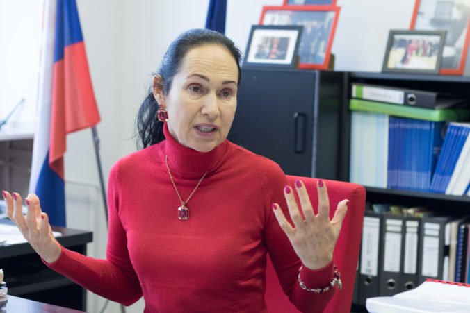 Kurilovská zvažuje ponuku od Druckera, má šancu vstúpiť do pripravovanej strany