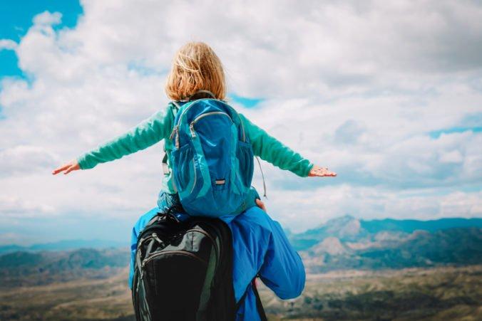 Štvorročné dievčatko sa stalo najmladším človekom, ktorý zdolal 46 vrcholov Adirondack Mountains