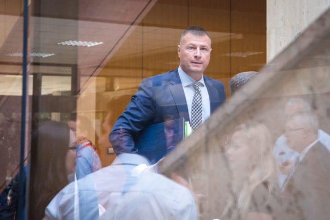 Angažovanie sa sudcov v politike narúša ich nezávislosť, minister Gál by súhlasil aj so zmenou ústavy