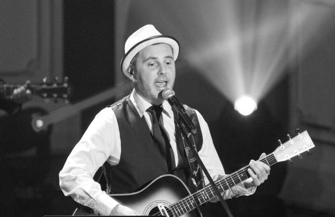 Zomrel spevák Peter Dudák, od roku 1989 bol členom skupiny Hex