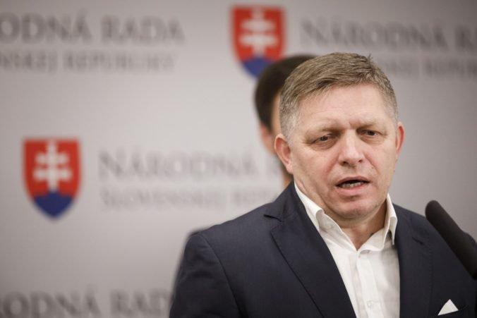 Fico odmieta stretnutia s Marianom K. a kritizuje médiá, že zneužívajú neoverenú sms komunikáciu