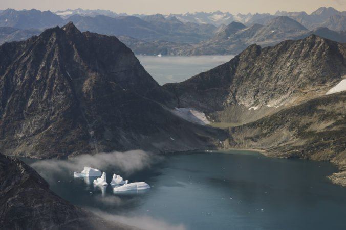 Vedci z NASA zhadzujú do ľadu v Grónsku sondy, chcú zistiť ako dochádza k jeho miznutiu