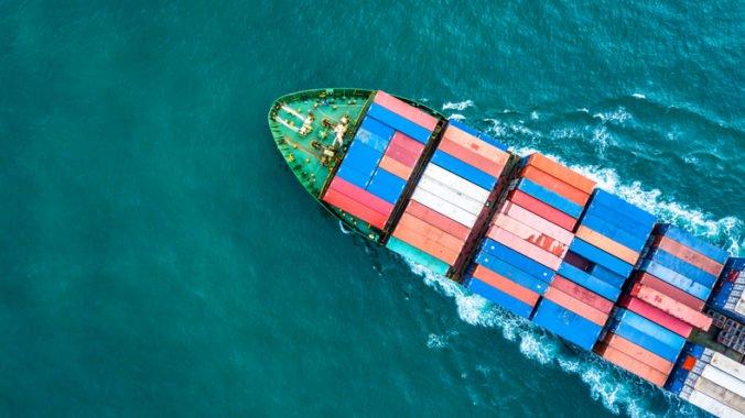 Piráti prepadli nemeckú nákladnú loď a uniesli osemčlennú posádku