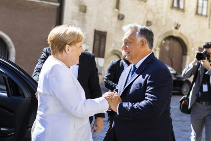 Premiér Orbán a kancelárka Merkelová si pripomenuli 30. výročie Paneurópskeho pikniku
