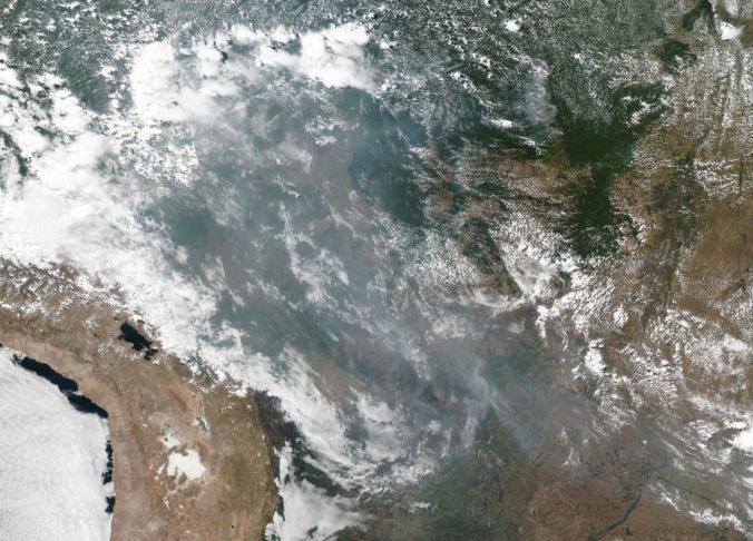 Za požiare v Amazonskom pralese môže brazílska vláda, tvrdí Amnesty International