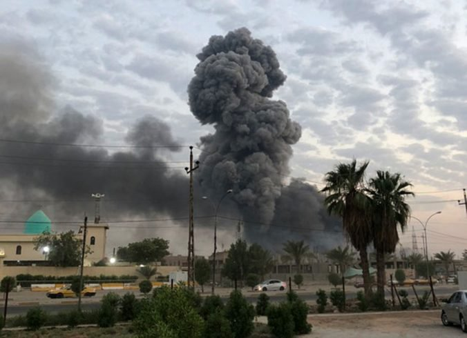 Izrael bombardoval iránsky sklad zbraní, pri útoku v Iraku zomreli aj dvaja velitelia armády