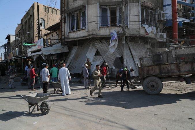 Islamský štát zaútočil pri mešite neďaleko Bagdadu, útočník odpálil motorku s výbušninami