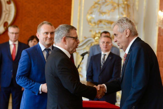 Prezident Zeman vymenoval nového ministra kultúry a poprial mu, aby po sebe zanechal stopu