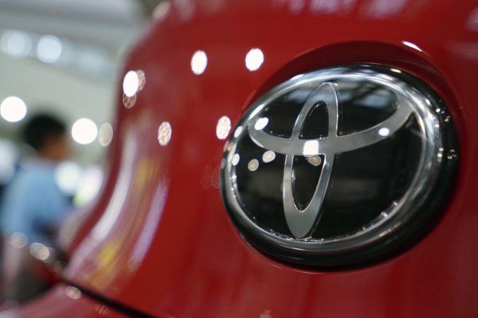 Automobilka Toyota sa dohodla so Suzuki, budú spolupracovať pri vývoji autonómne riadených áut