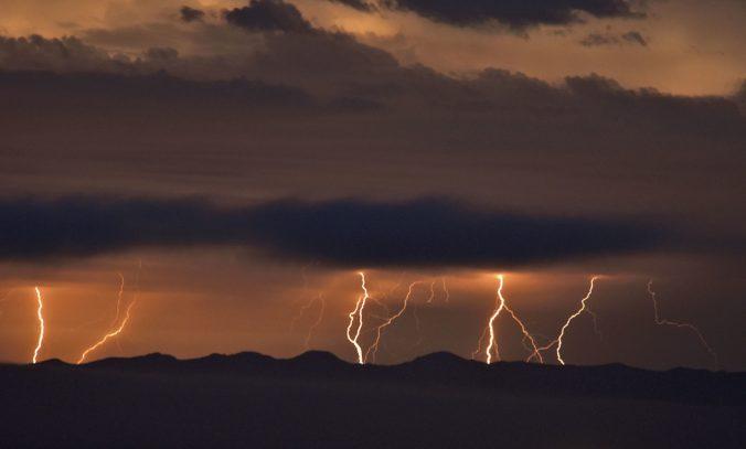Turistov v Nízkych Tatrách zasiahol blesk, jedného z nich museli zachraňovať resuscitáciou