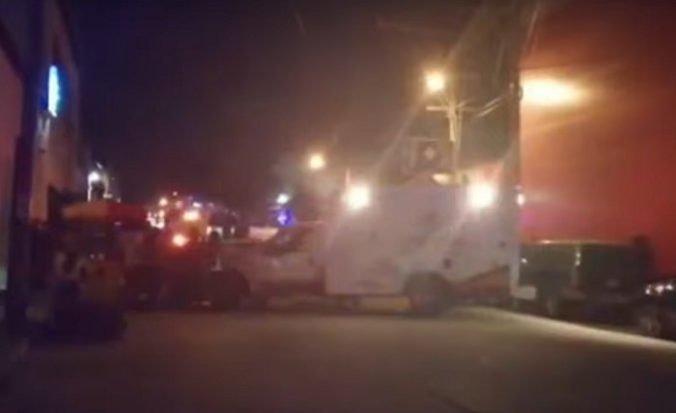 Video: Do baru Caballo Blanco zrejme hodili zápalné fľaše, v plameňoch zomreli desiatky ľudí